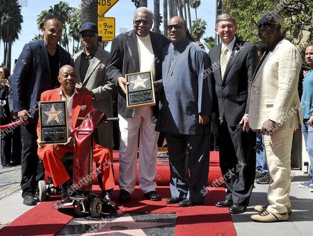 Ray Parker, Jr., Eddie Willis, Paul Reiser, Jack Ashford, Stevie Wonder, Leron Gubler, Emcee