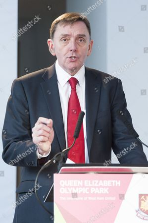Sir Robin Andrew Wales