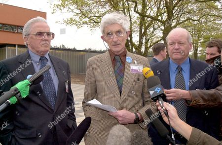 First Day Of The Lockerbie Trial. Dr Jim Swire (c) And Bert Ammerman (r) And (l) George Williams Read Their Statement To The Press.