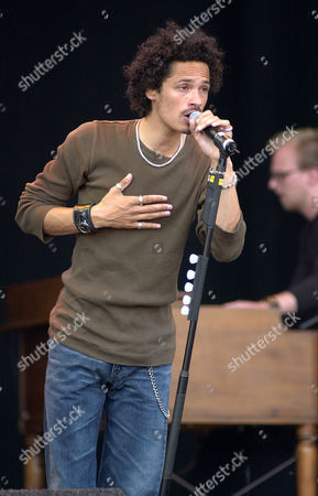 Glasgow On The Green Pop Concert - Eagle Eye Cherry Performing.