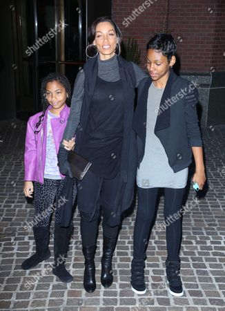 Stock Image of Nicole Murphy with daughters Bella and Zola