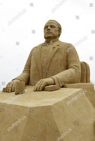 Marlon Brando as The Godfather sand sculpture