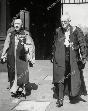 The Very Rev Doctor Sir Charles Laing Warr (left) With Rev Prof James Pitt-watson The Moderator Of The Church Of Scotland General Assembly Charles Laing Warr Gcvo Was A Church Of Scotland Minister And Author In The 20th Century. Warr Was Born Into An Ecclesiastical Family On 24 July 1892 And Educated At Glasgow Academy And The University Of Edinburgh. He Was Commissioned Into The 9th Argyll And Sutherland Highlanders In 1914 And Served During World War I. When Peace Returned He Was An Assistant Minister At Glasgow Cathedral. Later He Was The Minister Of St Pauloos Greenock And Then St Giles' Cathedral. He Was Dean Of The Thistle And The Dean Of The Chapel Royal In Scotland From 1926 To 1969. A Sub-prelate Of The Order Of St John Of Jerusalem And An Honorary Chaplain To The King (and Later An Honorary Chaplain To The Queen). He Died On 14 June 1969 And Was Interred At Warriston Cemetery But Also Has A Panel On The Family Memorial In Rosneath Graveyard.