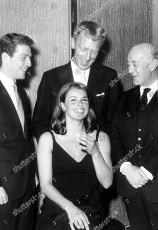 SENTA BERGER WITH ALEC GUINNESS AND MAX VON SYDOW, GEORGE SEGAL