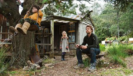 Stock Picture of The Hunter (2011) Finn Woodlock, Morgana Davies,  Willem Dafoe