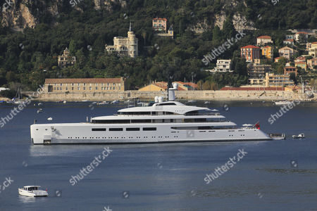 Vava II, a cruiser built by Pendennis Plus, formerly Devenport Yachts, length: 96 m, built in 2012, owned by Ernesto Bertarelli, anchored in the bay of Villefranche, French Riviera, France, Mediterranean Sea