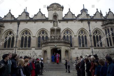 Stock Photo of Queen Elizabeth II and Sir Derek Morris, Provost of Oriel College