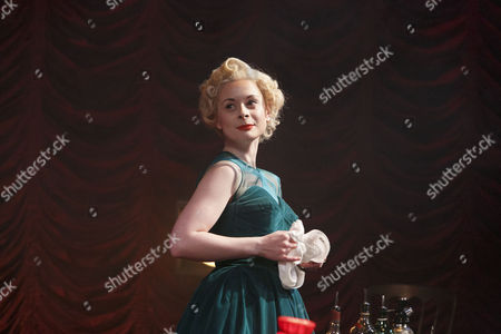 Faye Castelow (Ruth Ellis)