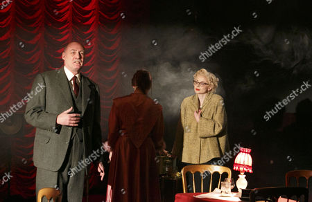 Robert Gwilym (Inspector Jack Gale) right: Faye Castelow (Ruth Ellis)