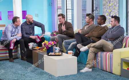 Tim Lovejoy and Simon Rimmer with Blue - Lee Ryan, Duncan James, Simon Webbe and Antony Costa