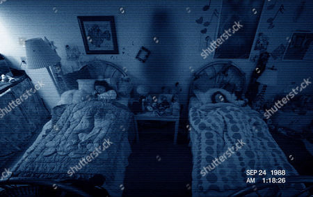 Paranormal Activity 3 (2011) Jessica Tyler Brown, Chloe Csengery