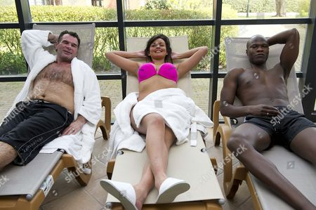 Traveller Paddy Doherty Towie Girl Ellie Redman And Big Brother Winner Brian Belo Take A Well Deserved Break After A Hard Day At The 'no Carbs Before Marbs' Fitness Bootcamp At The Crowne Plaza Spa In Colchester.