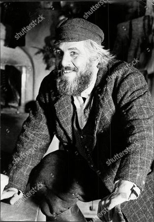 Actor Topol In Film 'fiddler On The Roof' Chaim Topol (born September 9 1935) Often Billed Simply As Topol Is An Israeli Theatrical And Film Performer Actor Writer And Producer. He Has Been Nominated For An Oscar And Tony Award And Has Won Two Golden Globes.