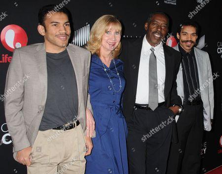 Ernie Hudson, wife Linda Kingsberg and sons