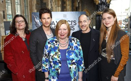 Julie Gardener (Producer), Tom Riley (DaVinci), Edwina Hart, MBE, Minister for Economy, Science and Transport, David S Goyer (writer) and Hera Hilmar (Vanessa)