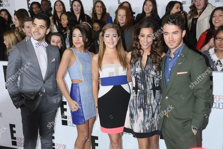 "Stock Photo of Cast of Married To Jonas - Michael ""Mikey"" Deleasa, Katie Deleasa, Dina Deleasa, Danielle Deleasa and Kevin Jonas"