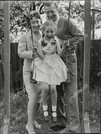 Actor Leslie Randall And Wife Actress Joan Reynolds With Daughter Susan Leslie Randall (born 1924 In South Shields) Is A Film And Television Actor Who Has Worked In Both Britain And America. His Wife Was Joan Reynolds Who He Met When They Were Both In Repertory Theatre In Darlington. He Had A Lengthy Career But Possibly His Most Important Role Was With His Wife In Joan And Leslie Itv's First Home-grown Situation Comedy.[1] He Also Appeared In The Film Version Of Billy Liar (where He Played Danny Boon) Emmerdale The Monkees And I Dream Of Jeannie.