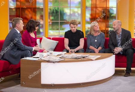 Aled Jones and Lorraine Kelly with Ollie Wade, Paul Wade and Nicky Wade.
