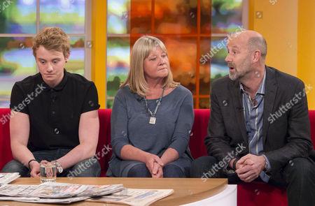 Editorial photo of 'Daybreak' TV Programme, London, Britain - 29 Apr 2013
