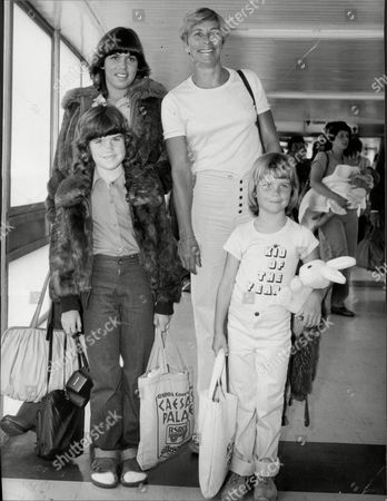 Athlete Mary Rand With Her Children Samantha Eight And Sarah Six At Heathrow Airport.