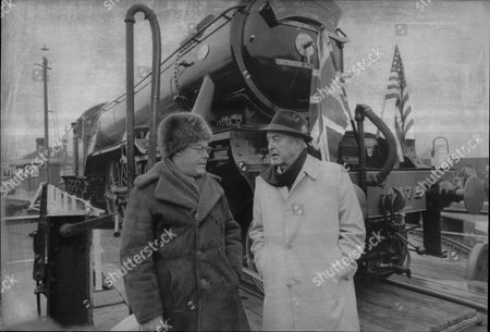 Actor Ray Milland (right) With Actor Timothy West And Steam Train The Flying Scotsman In Background Ray Milland (3 January 1907 Oo 10 March 1986) Was A Welsh Actor And Director. His Screen Career Ran From 1929 To 1985 And He Is Best Remembered For His Academy Awardoowinning Portrayal Of An Alcoholic Writer In The Lost Weekend (1945) A Sophisticated Leading Man Opposite A Corrupt John Wayne In Reap The Wild Wind (1942) The Murder-plotting Husband In Dial M For Murder (1954) And As Oliver Barrett Iii In Love Story (1970).