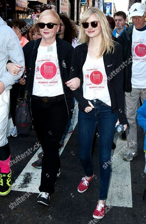Emma Stone with mother Krista Stone