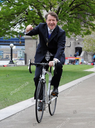 Lord Mayor Roger Gifford