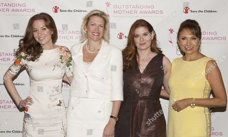 Christina Huffington, Dottie Mattison, Debra Messing and Margarita Arriagada