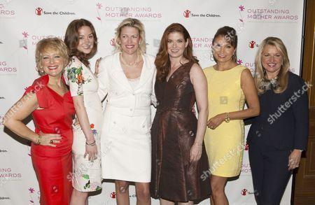 Christina Huffington, Dottie Mattison, Debra Messing, Margarita Arriagada and Mindy Grossman