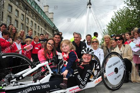 Melanie Chisholm, Rav Wilding, Gary Lineker, Danielle Lineker, Claire Lomas and daughter Maisie