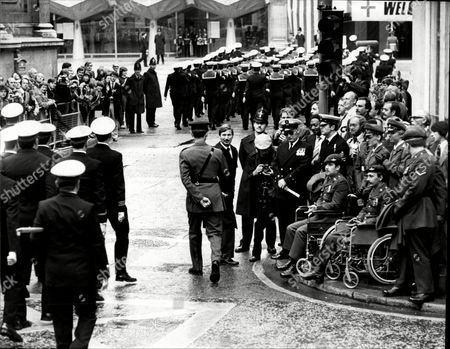 Scenes At The Victory Parade Through The Streets Of London To Celebrate The Victory Over Argentina In The Falkland War In 1982 Pictured Private Wheelchaired David Gray (left) And Lance Cpl Denzil Connick By The Guildhall.
