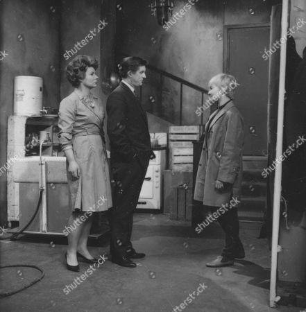 Daphne Anderson, Ray Barrett and Julie Stevens