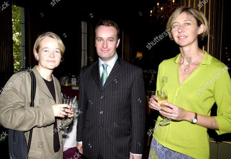 The John Llewellyn Rhys Prize At The Reform Club. Runners-up L - R: Sarah Waters Andrew O'hagan Christina Lamb.