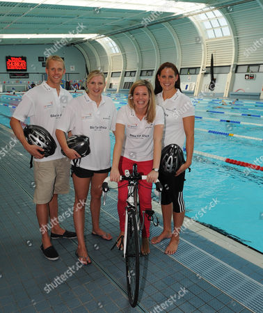 Stock Photo of (l-r) Ross Davenport Rebecca Adlington Laura Williamson (daily Mail Sports Writer) And Joanne Jackson. Olympic Swimmers Feature Loughborough.