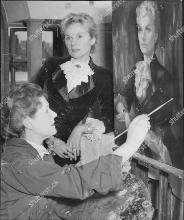 Actress Ann Todd Having Portrait Painted By Artist Anna Zinkeisen Dorothy Anne Todd (24 January 1909 Oo 6 May 1993) Was An English Actress And Producer. She Was Born In Hartford Cheshire And Was Educated At St. Winifrid's School Eastbourne Sussex. She Became A Popular Actress From Appearing In Such Films As Perfect Strangers (1945) (as A Nurse) And The Seventh Veil (1945) (as A Troubled Concert Pianist). She Is Perhaps Best Known To American Audiences As Gregory Peck's Long-suffering Wife In Alfred Hitchcock's The Paradine Case (1947). She Later Produced A Series Of Travel Films. Her Autobiography Is Entitled The Eighth Veil An Allusion To The Film Which Made Her A Star In Britain. Todd Was Known As The 'pocket Garbo' For Her Diminutive Blonde Beauty.