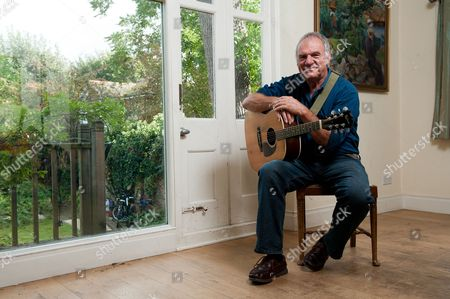 London United Kingdom - October 2: English Singer-songwriter And Acoustic Guitarist Ralph Mctell - October 2