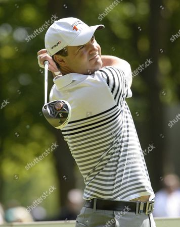 Simon Khan of England, playing in the final round