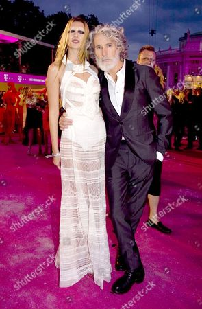Aiden Shaw and guest