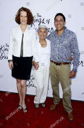 Oscar Nunez, Nunry Santiago and Ursula Whittaker