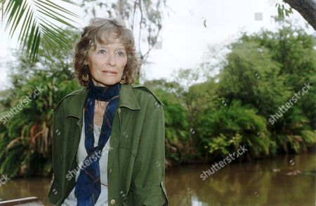 Actress Virginia Mckenna In Meru Kenya Where George Adamson Released 'elsa' The Lion Star Of Film 'born Free' Back Into The Wild. She Last Visited Meru 30 Years Ago With Her Late Actor Husband Bill Travers. She Is There Campaigning To Save The Lions.