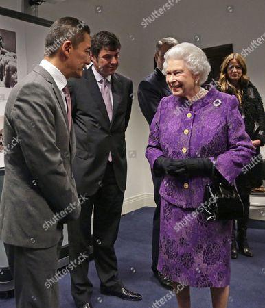 Queen Elizabeth II meeting Nepalese Sherpa mountain climber Jamling Norgay