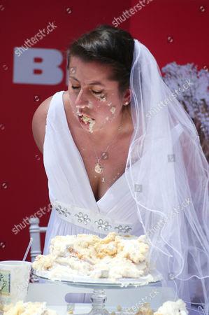 Cake eating contest winner Jennifer Paolotti