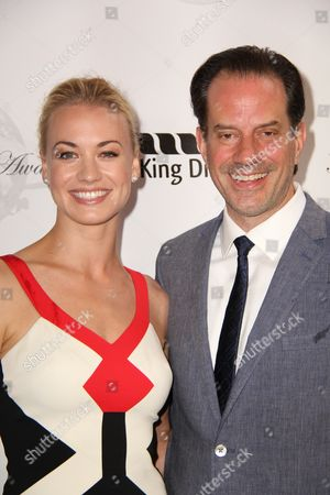 Stock Photo of Yvonne Strahovski, Danny Mastrogiorgio