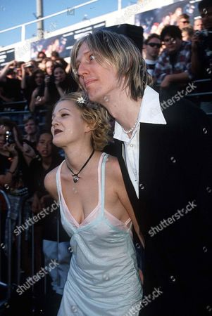 DREW BARRYMORE WITH ERIC ERLANDSON