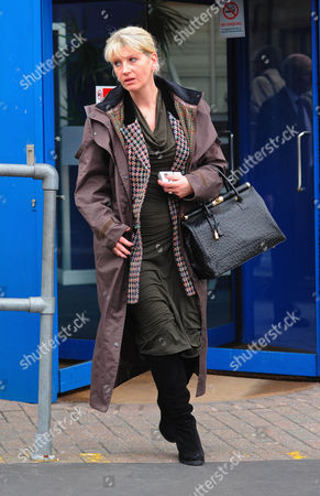 Stock Image of Carolyn Bennett Leaving Croydon Employment Tribunal This Afternoon. She Is The Former Boss Of Businesswoman Amanda Daughters At Aqua Financial Solutions. Amanda Daughters Claims Unfair Dismissal After She Reduced A Woman Client To Tears And Calling Her Partner A C***.