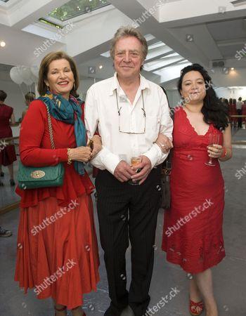 Stephanie Beacham, Nicholas Ball and guest