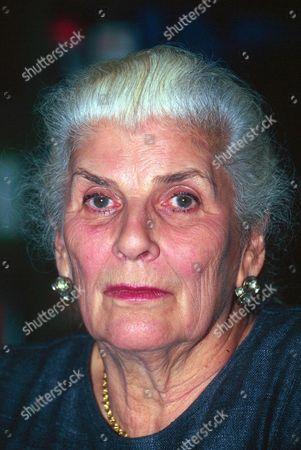 ELIZABETH JANE HOWARD - 1995