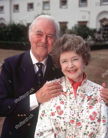 Editorial picture of MICHAEL DENISON AND DULCIE GRAY AT HOME,  BRITAIN - 1996