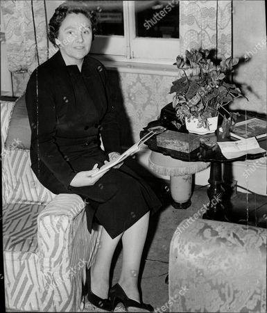Lady Rachel Reilly Wife Of Sir D.p. D'arcy Reilly Sir Darcy Patrick Reilly He Is The British Ambassador To Moscow Sir Patrick Reilly Gcmg (17 March 1909 - 6 October 1999) Was A British Diplomat Who Served As Ambassador To The Ussr And France.