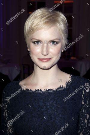 Louise Dylan (Heavenly Finley)